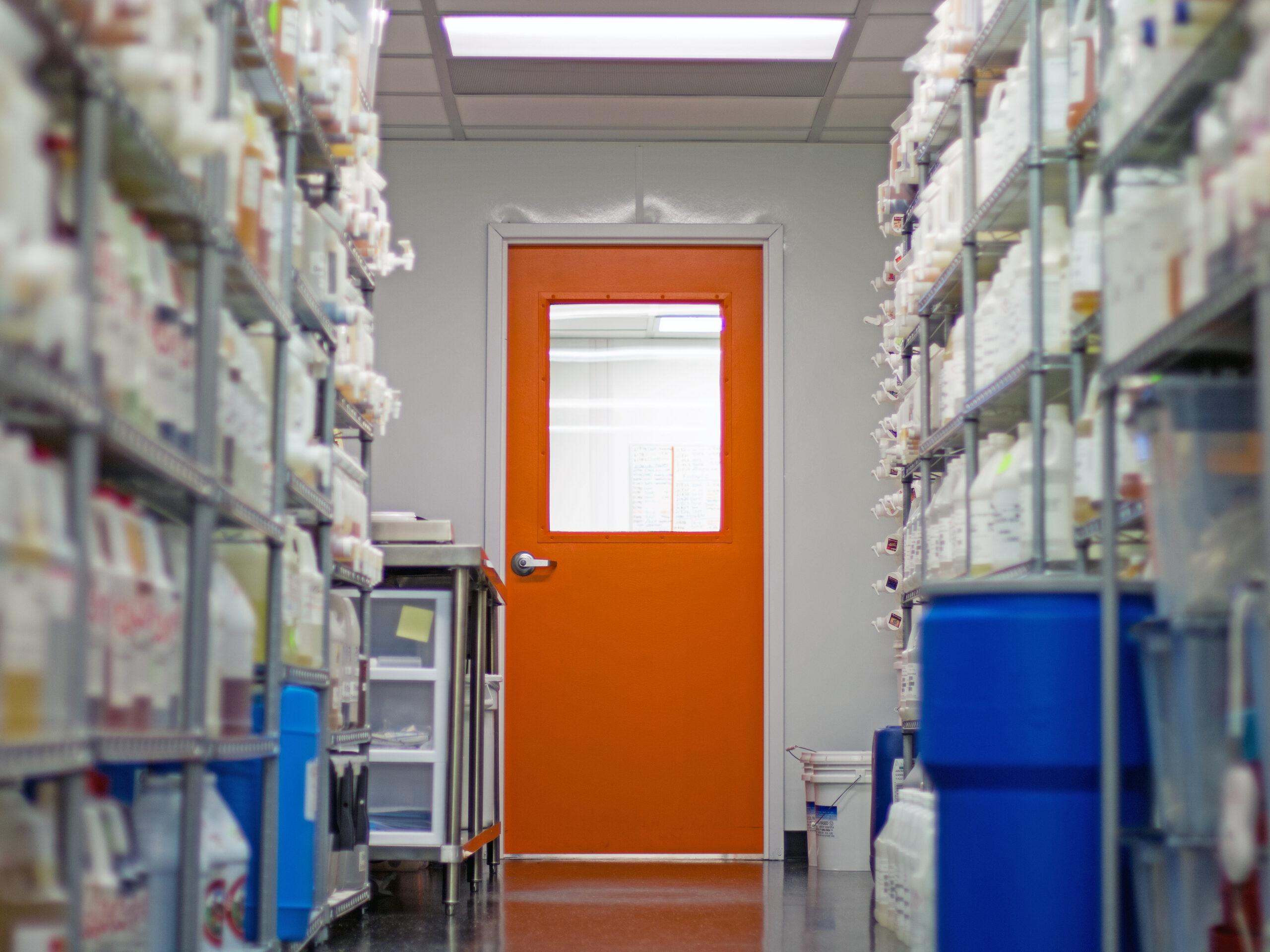 Main door of the Mister-E-Liquid vape juice lab